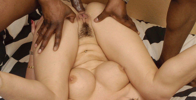 cheap-no-limits-cuckold-sex-chat-numbers-featured